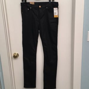 Slim regular waist H&M jeans.